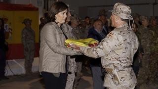 La vicepresidenta del Gobierno llega a Afganistán tras una avería en el avión