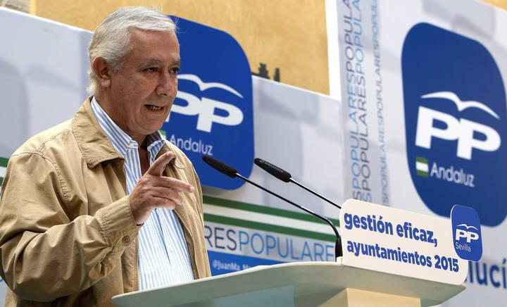El vicesecretario general de Política Autonomica y Local del Partido Popular, Javier Arenas, durante la inauguración de la II Escuela de Otoño del PP de Sevilla.