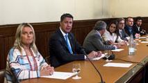 """Ir al VideoLas víctimas del terrorismo en el Parlament, ante la visita de Otegi: """"La única verdad es la de víctimas y verdugos"""""""