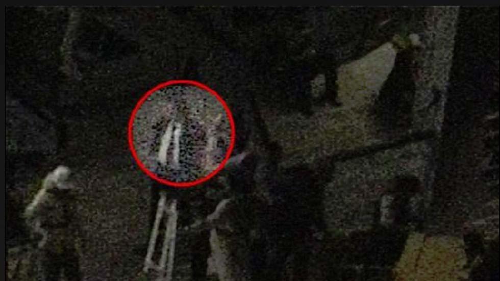 Un vídeo muestra al capitán Schettino esperando un bote durante el naufragio del Costa Concordia