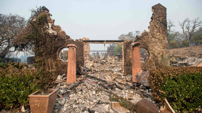El viñedo de Signorello, convertida en ruinas y cenizas