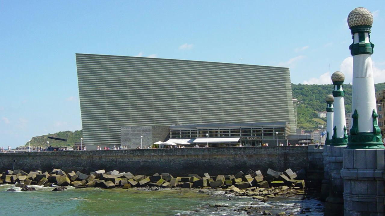 Europa vota el jueves sobre la libertad de publicar fotos - Arquitectos san sebastian ...