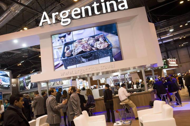 Vista del stand de Argentina en Fitur