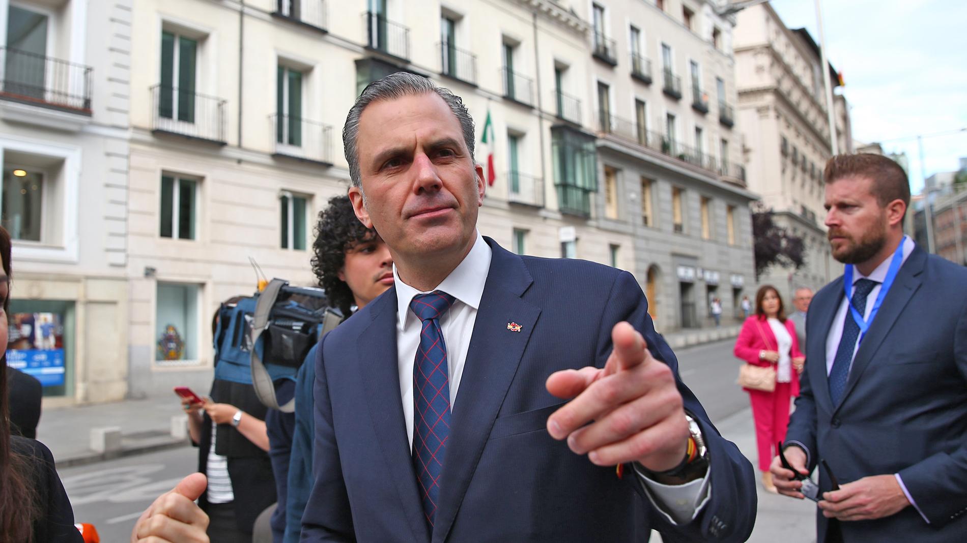 Ir al VideoVox reitera que pidieron representación en la Mesa y el Gobierno de Madrid en proporción a sus votos y que fue aceptado por el PP