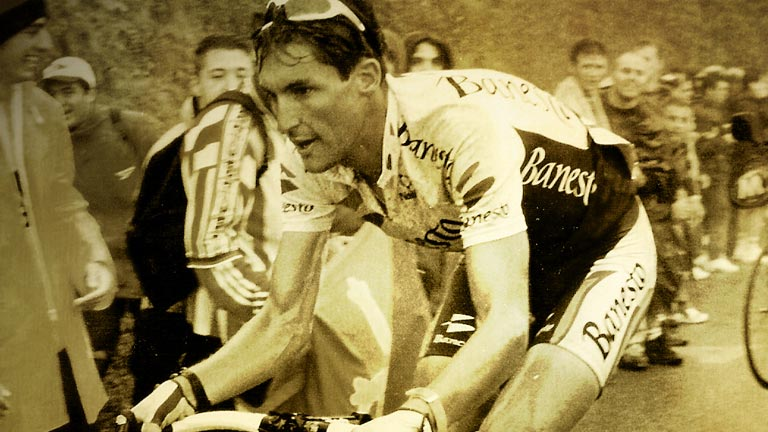 La Vuelta homenajea al 'Chava' Jiménez