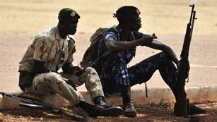El Jefe golpista anuncia la vuelta al orden constitucional en Mali