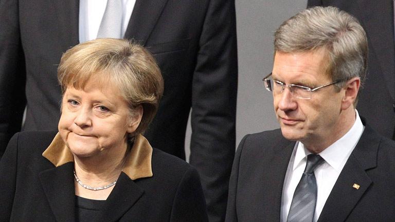 Wulff dimite como presidente de Alemania tras menos de dos años en el cargo