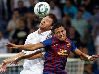Xabi Alonso empata el partido (2-2)