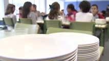 Ir al VideoLa Xunta de Galicia rescinde el contrato a dos empresas por servir comida en mal estado en comedores escolares
