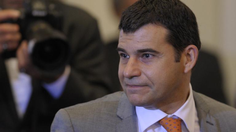 Cristina Fernández ejecuta la ley de expropiación y presenta al nuevo gerente de la energética