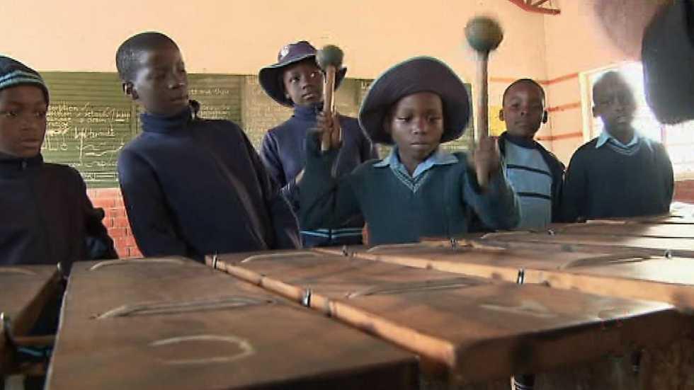 Pueblo de Dios - Zimbabue, salvar la educación