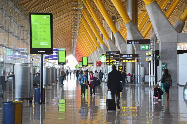 Zona de embarque de la Terminal T4 del Aeropuerto Adolfo Suárez Madrid-Barajas