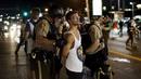 Ir a Fotogaleria Continúan las protestas en Ferguson, EE.UU.