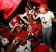 Ir a Fotogaleria Alegría de los chavistas tras el resultado del referendo