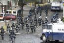 Ir a Fotogaleria Enfrentamientos entre la Policía hondureña y los partidarios de Zelaya