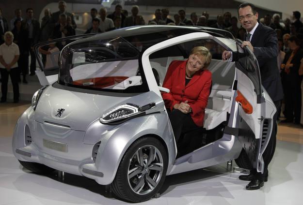 Ir a Fotogaleria Angela Merkel en el Salón del Automóvil