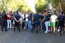 Ir a Fotogaleria Protestas de centenares de funcionarios ante el Congreso y Génova