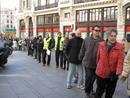 Ir a Fotogaleria Una cadena humana de parados llega a la Moncloa