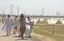 Ir a Fotogaleria La lucha contra los talibanes deja dos millones de desplazados en Pakistán