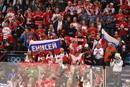 Ir a Fotogaleria Marea roja en el Canadá-Rusia de hockey
