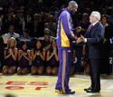 Ir a Fotogaleria El campeón de la NBA recibe su anillo