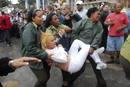 Ir a Fotogaleria Represión a las Damas de Blanco