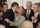 Ir a Fotogaleria Obama estampa su firma en la histórica ley de reforma sanitaria
