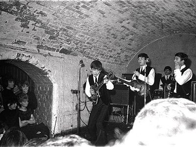50 aniversario de la primera actuación de los Beatles