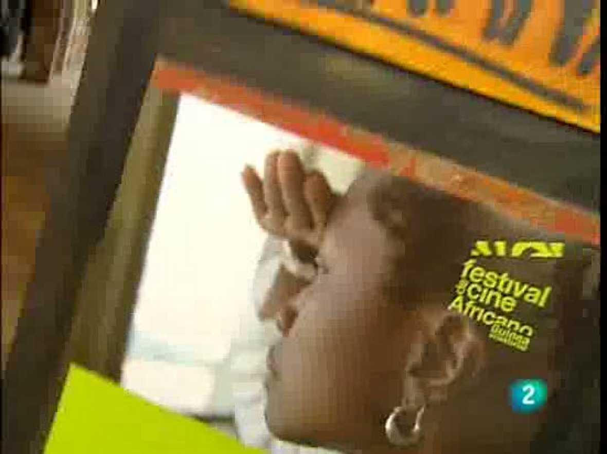 Ciclo de Cine Africano en Guinea Ecuatorial. El informativo La 2 Noticias repasa el ciclo de Cine Africano de Guinea Ecuatorial celebrado con la colaboración de Casa África.