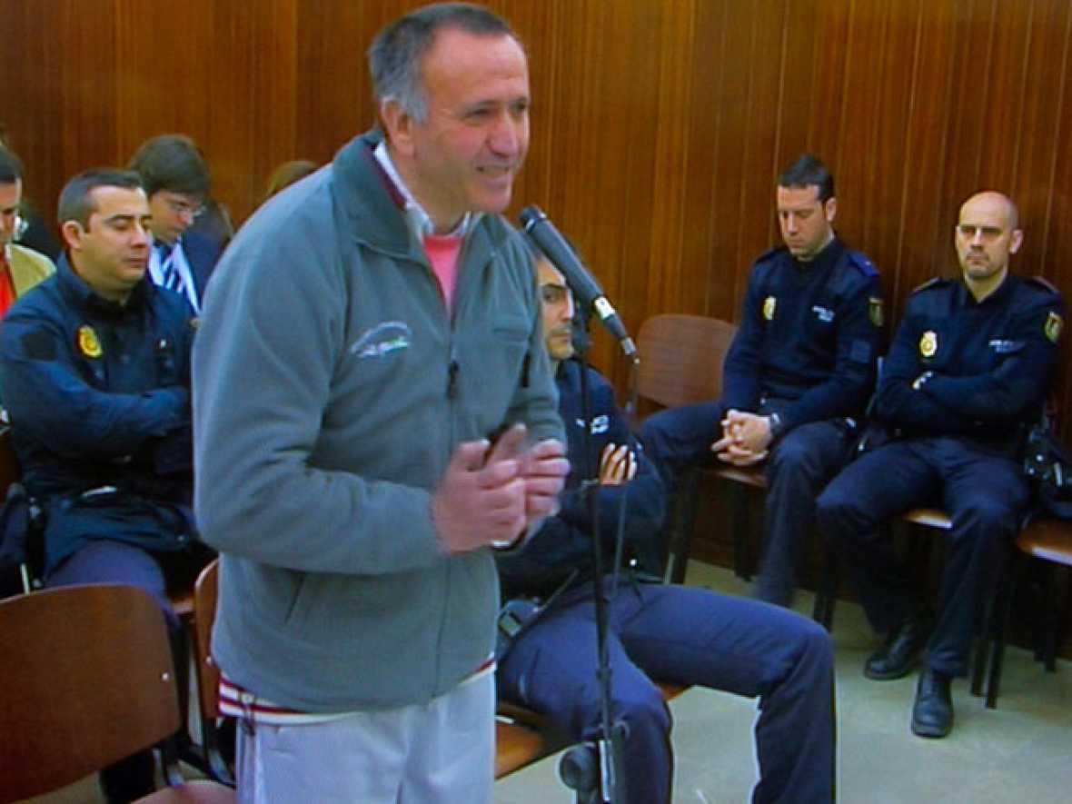 El presunto asesino de la niña Mª Luz niega su participación en el crimen en el primer día del juicio oral