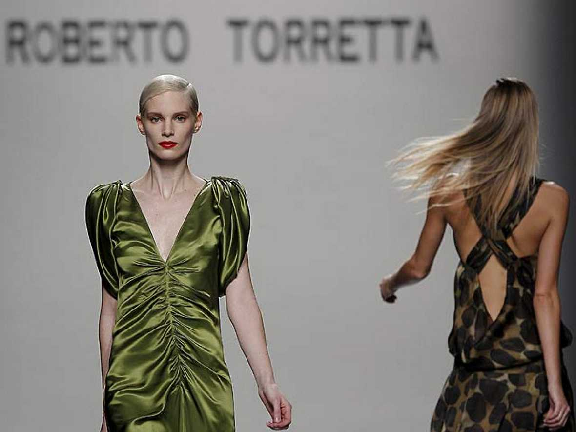 Roberto Torretta ha sido el encargado de cerrar la segunda Jornada de la Cibeles Madrid Fashion Week.