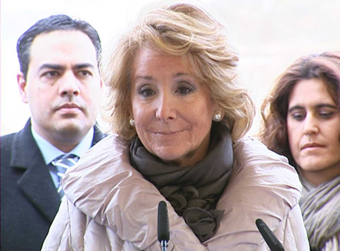 Esperanza Aguirre se retira 'unos días' para someterse a una operación por un cáncer de mama