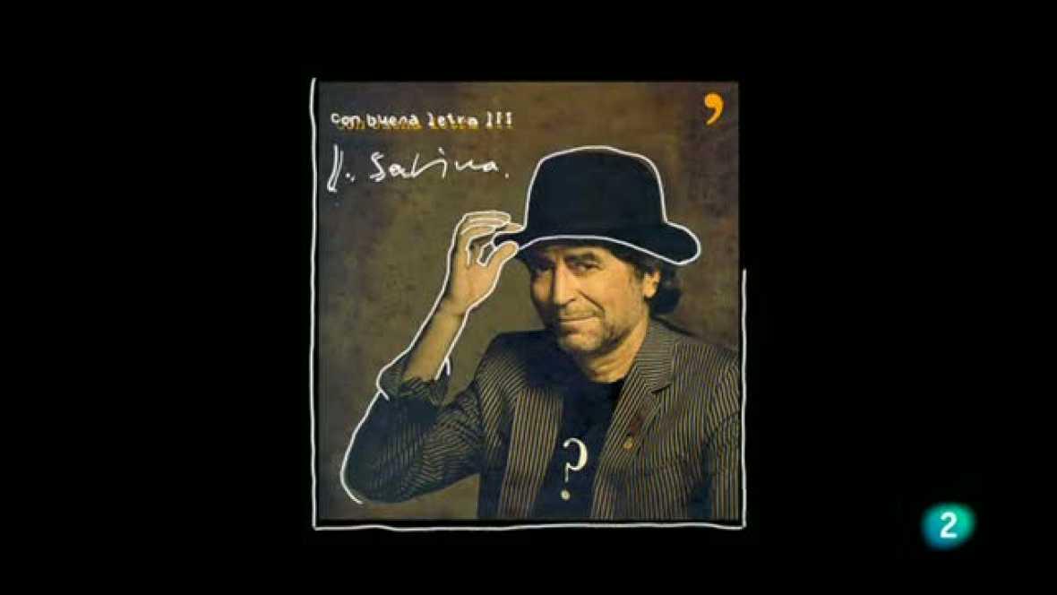 El presentador del programa, Óscar López, entrevista al cantante Joaquín Sabina para hablar de su faceta como escritor