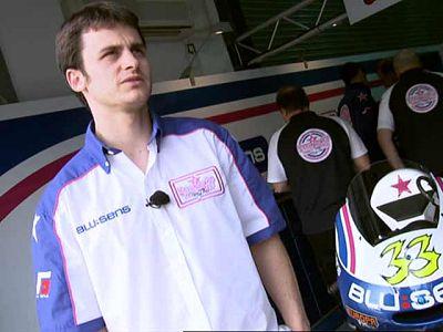 pilotos españoles Sergio Gadea y Héctor Faubel comentan cómo ha sido su descenso de Moto2 a 125cc.