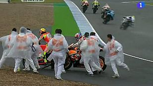 Rossi se lleva por delante a Stoner