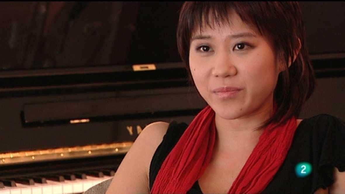"""Programa de mano - Reportaje de la pianista china Yuja Wang. En el Liceu, """"Cavallería rusticana"""" y """"Pagliacci"""", con la sopranoÁngeles Blancas - Ver ahora"""