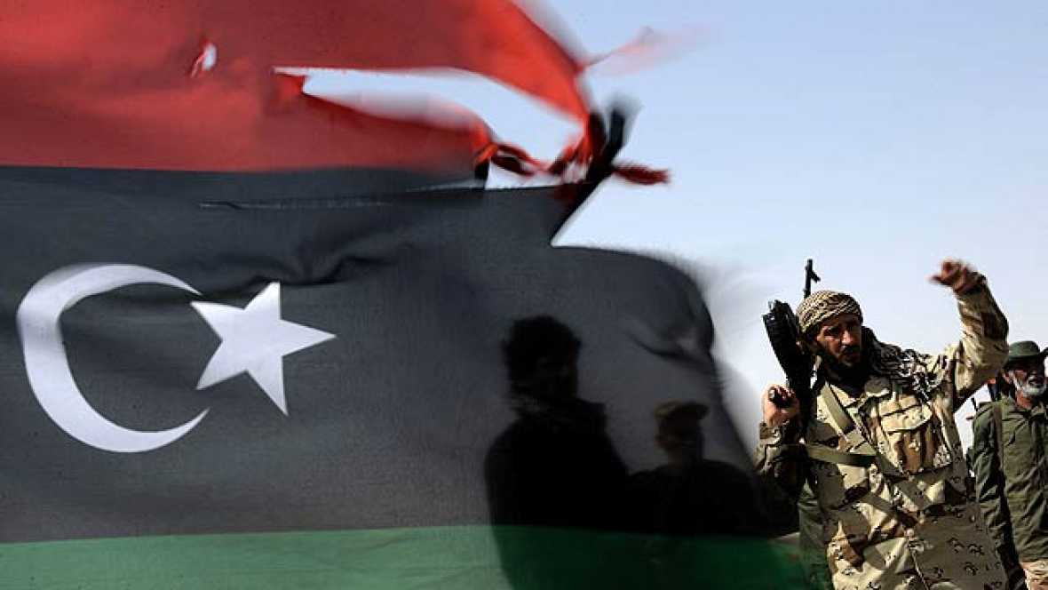 Los paises del norte de Africa y Oriente Próximo continúan con las revoluciones democráticas que comenzaron a primeros de año.