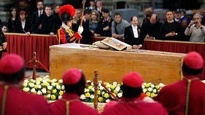 El Papa Benedicto xvi ha proclamado beato a su predecesor Juan Pablo II