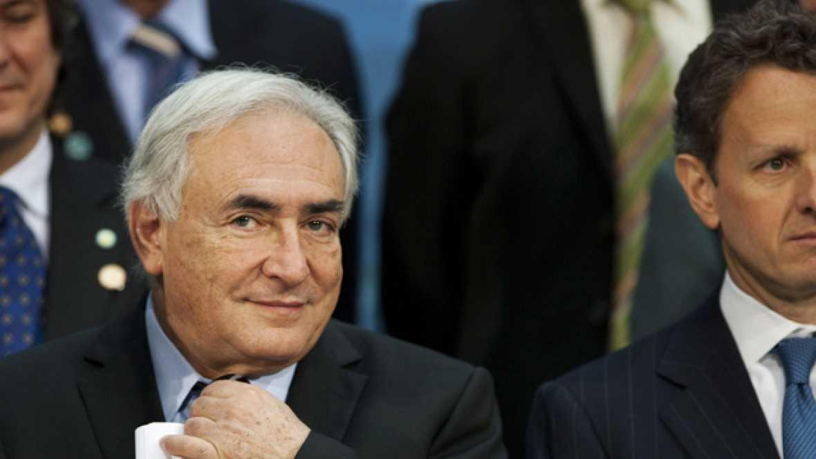 Detienen en Nueva York al director del FMI acusado de un delito sexual
