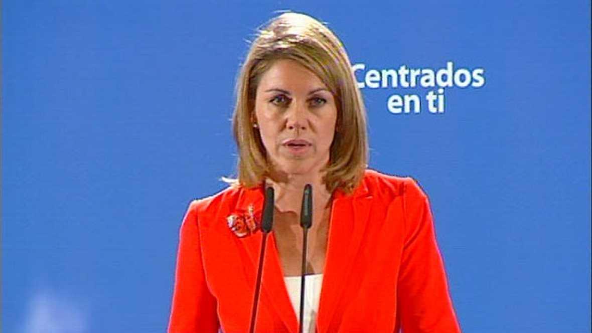 María Dolores de Cospedal, emocionada, agradece a los ciudadanos su victoria