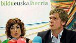 Rubalcaba pide a Bildu que demuestre su desvinculación con ETA y la formación negocia ya para gobernar