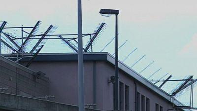Mladic pasa la primera noche en una cárcel de la Haya