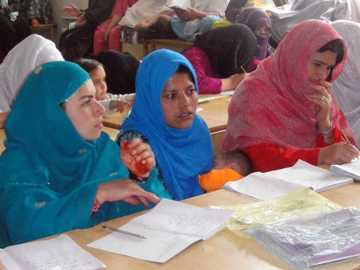En portada - Afganistán, más allá del Burka - Escuchar ahora
