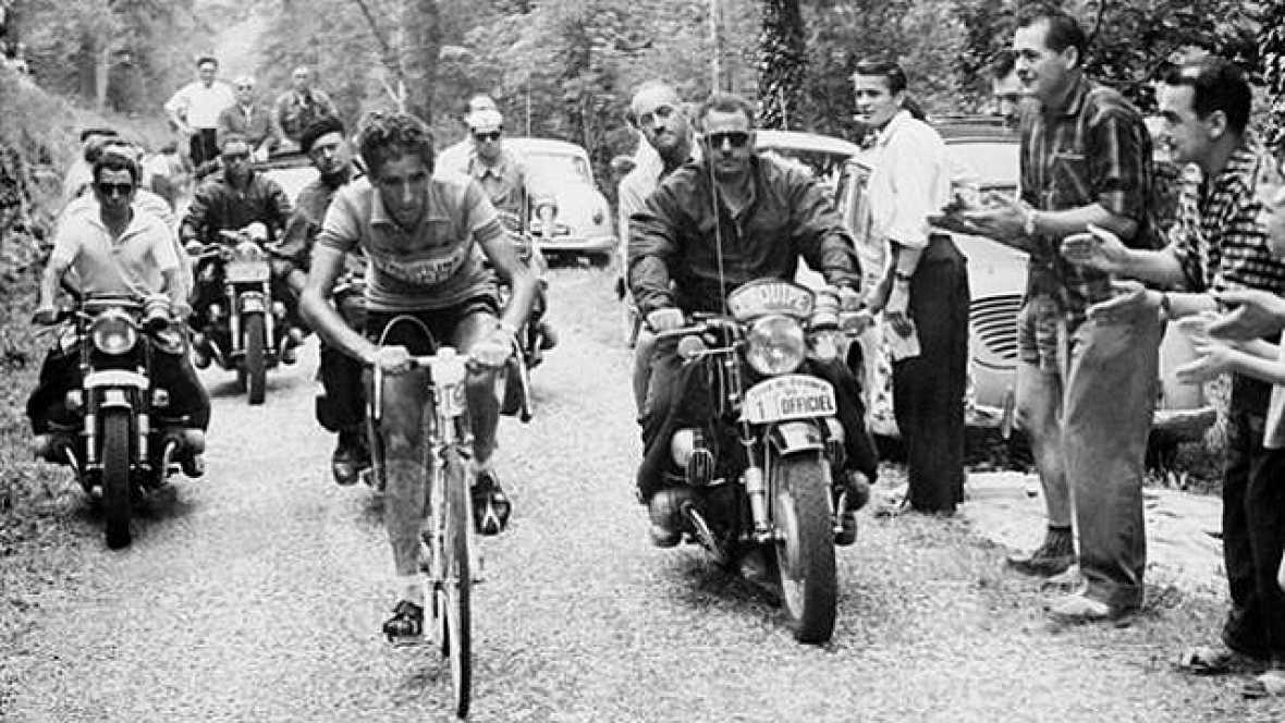 Consagrado como un especialista en la montaña, Bahamontes venció en el Tour de Francia 1959, aunque inicialmente no partía como favorito. Sin embargo, una larga escapada en los Pirineos y su victoria en la cronoescalada de Puy-de-Dôme le supusieron u