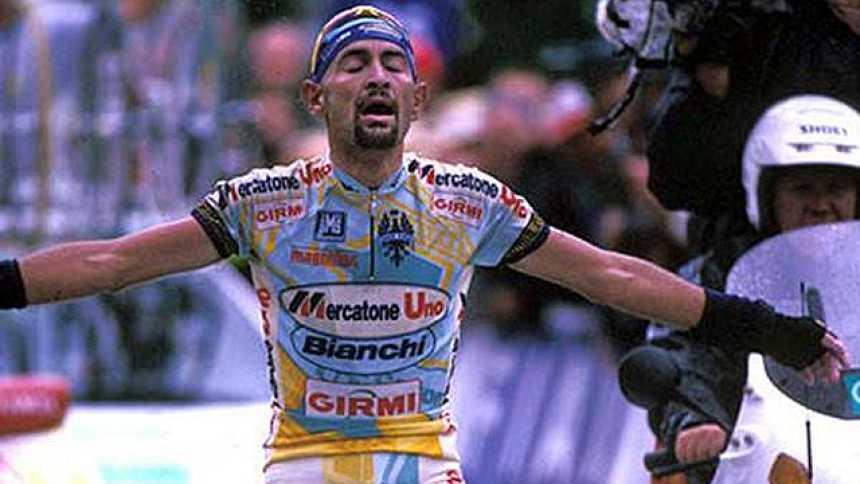 Pantani destroza a Ullrich en el Galibier (1998)