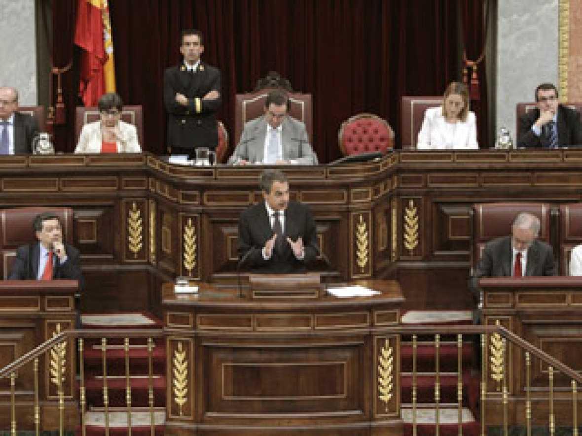 """Zapatero afirma que las protestas del 15-M """"reivindican en el fondo el valor de la política"""""""