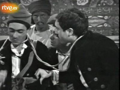 Arxiu TVE Catalunya - Lletres catalanes -  A l'�frica, minyons!