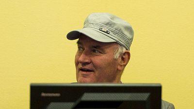 La expulsión de Mladic no supone la interrupción del proceso contra él