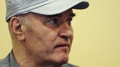 Mladic es expulsado del Tribunal por su actitud provocadora