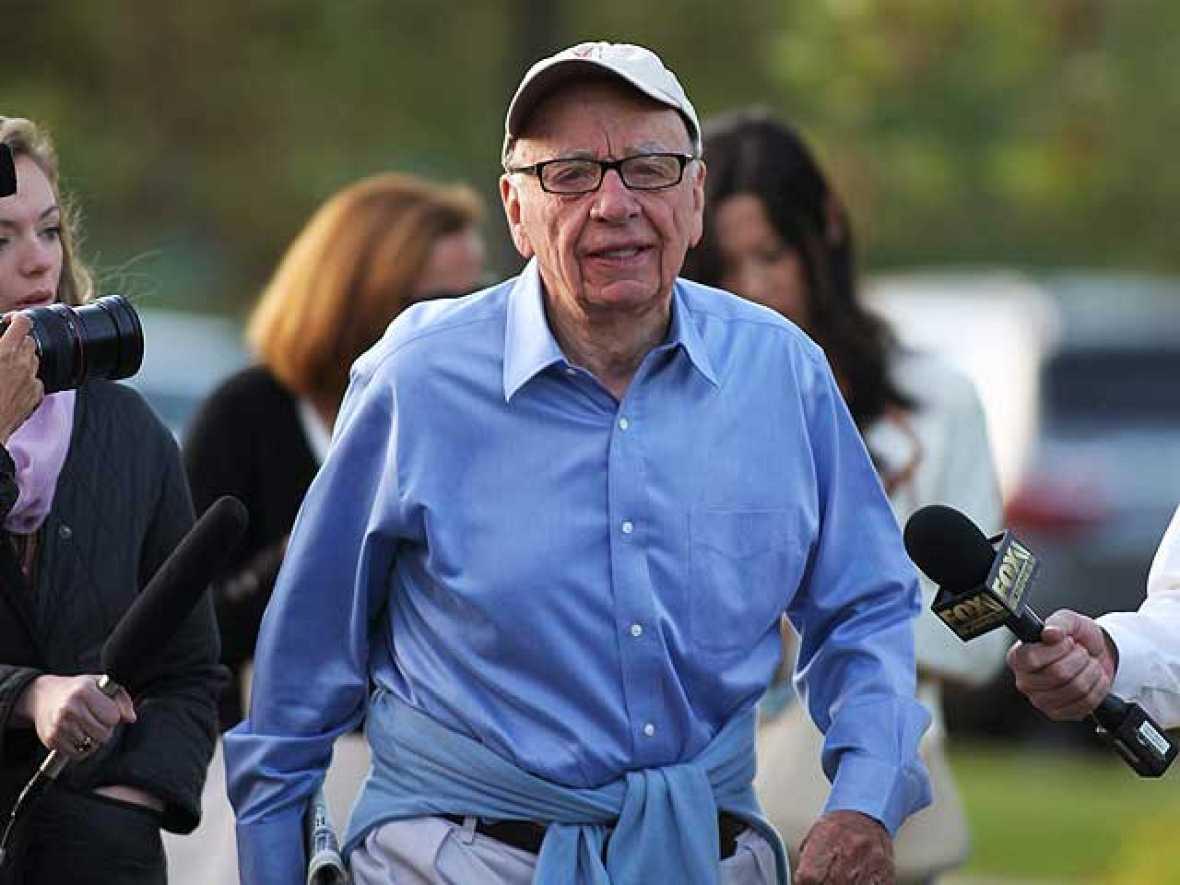 Rupert Murdoch cierra el 'News of the World' por el escándalo de las escuchas telefónicas
